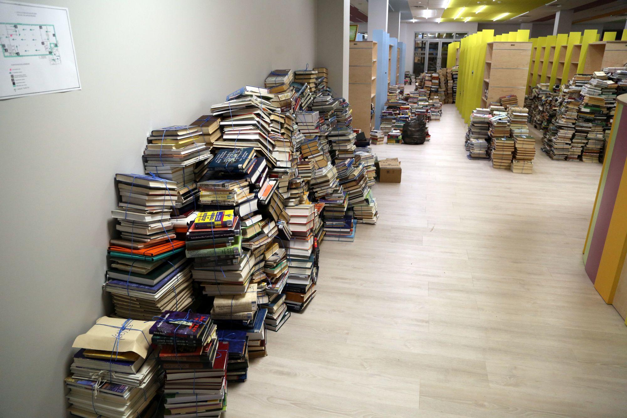 Grāmatu Ķēde jaunajā Talsu Galvenajā Bibliotēkā