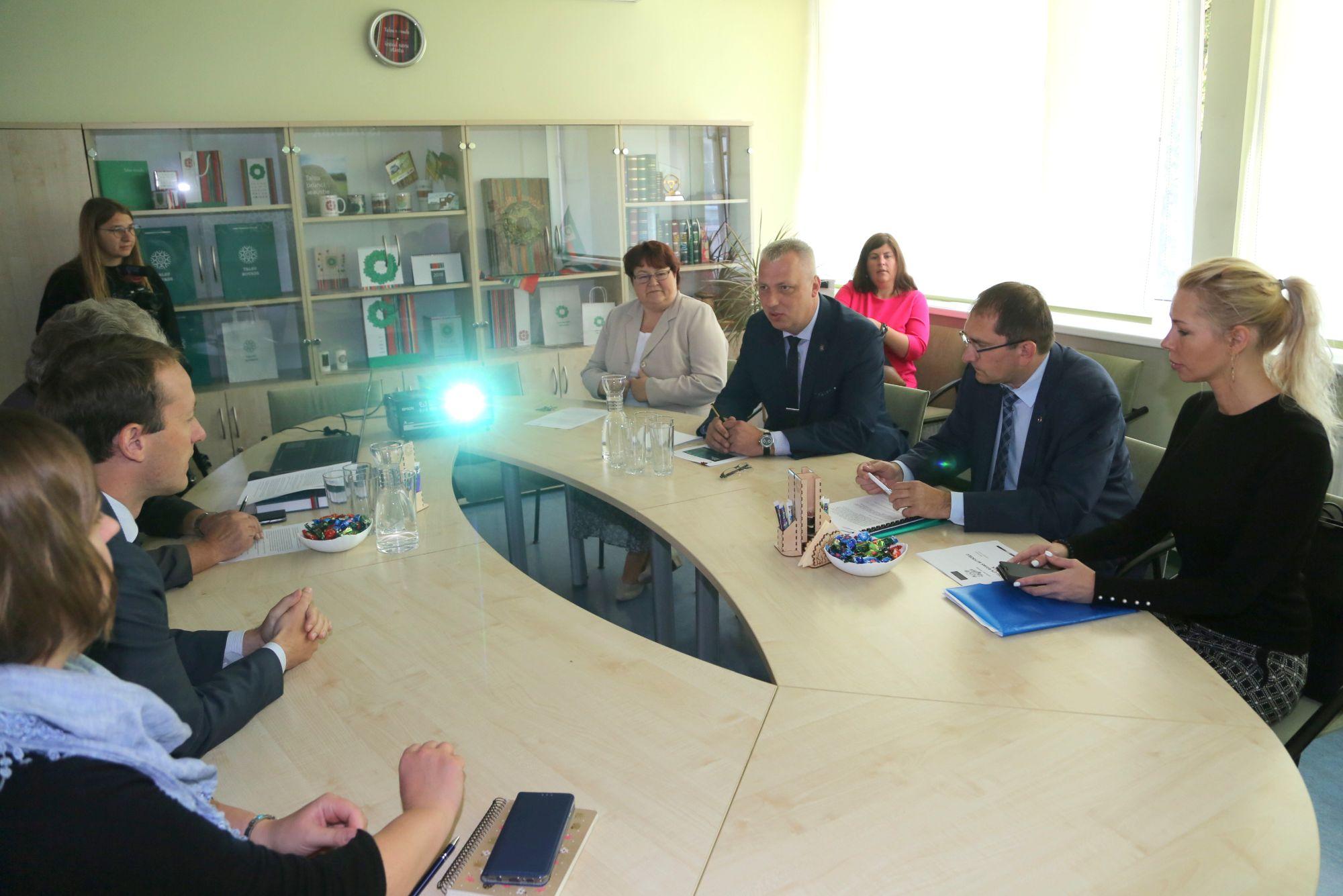 Satiksmes ministra T. Linkaiša viesošanās Talsu novadā
