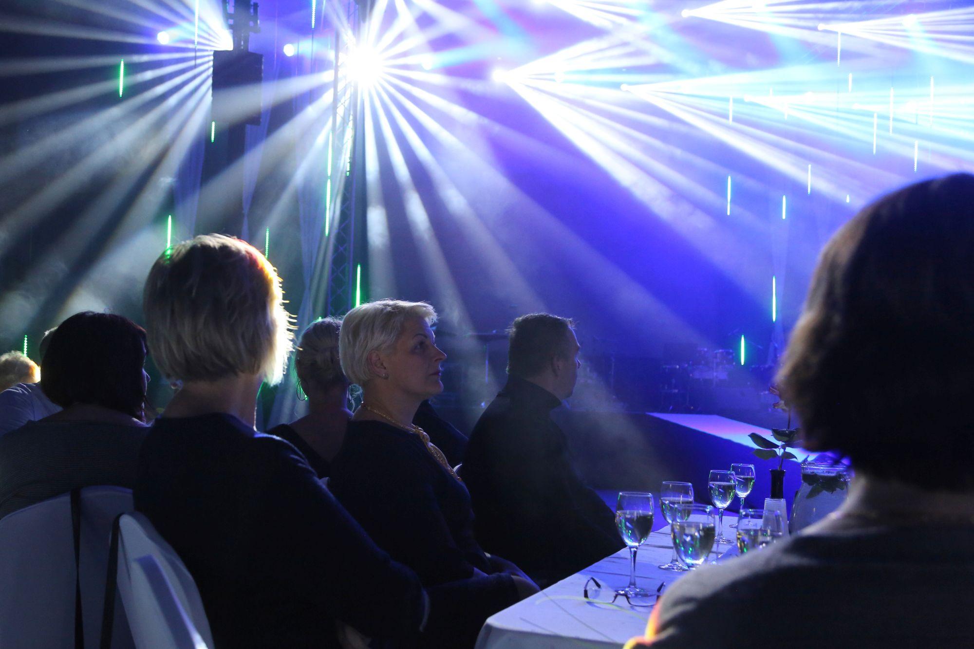Staros un starmešu gaismās pasniegti apbalvojumi sportā un kultūrā